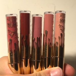 NEVER USED Kylie jenner bday collection lip kits